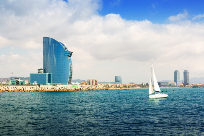 private boat tour barcelona