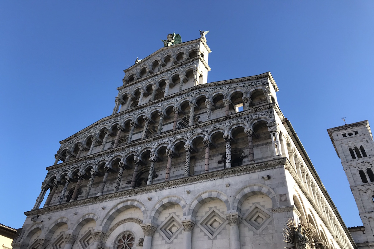 best lucca and pisa tour