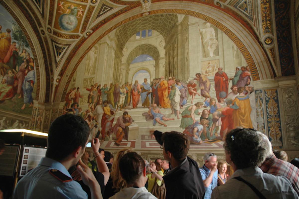 vatican museums at night livtours