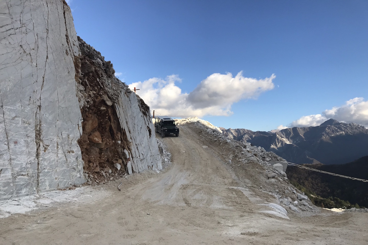 best carrara marble quarry tour livtours