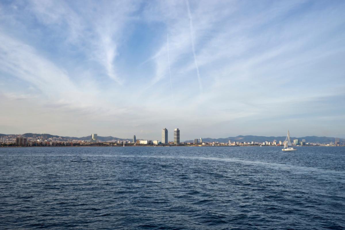 best private boat tour barcelona livtours