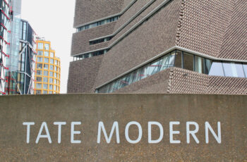 Tate Modern Tour LivTours