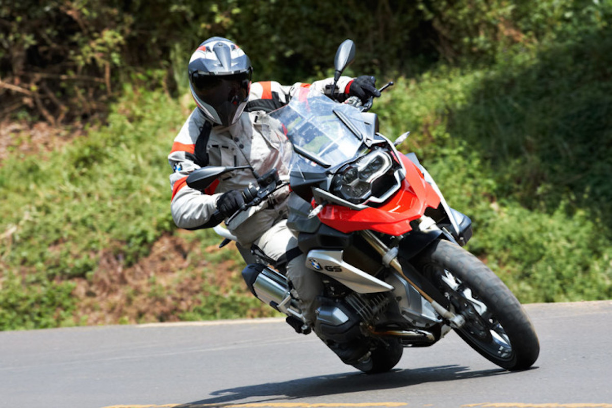 best motorcycle tour tuscany italy livtours