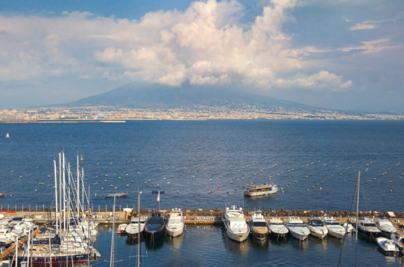 pompeii and naples tour from rome